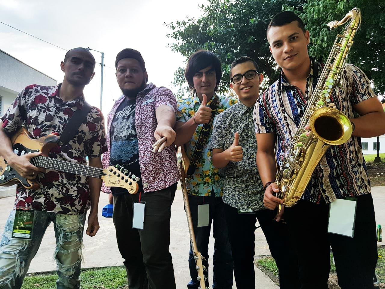 via cerrada en mexico de gira 2018